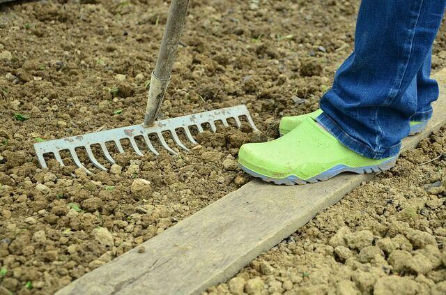 A jó kerti talajhoz elengedhetetlen a téli talajmunka